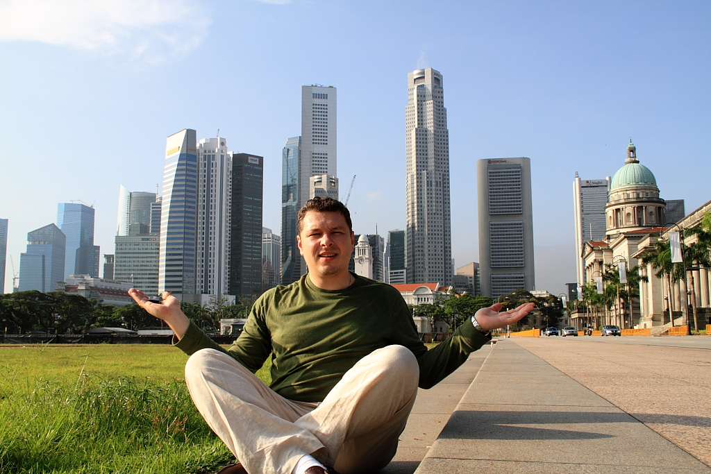 Pavel Simakov Singapore
